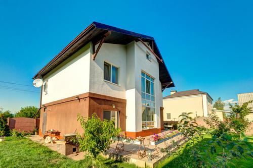 Продам чудовий будинок в Борисполі